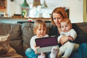 Why More Mom's Should Consider Becoming Consultants