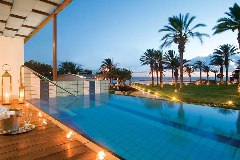 Leisure Holidays: 3 Finance Tips