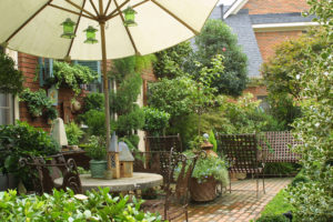 How to Create an Enjoyable Garden Space for Your Family